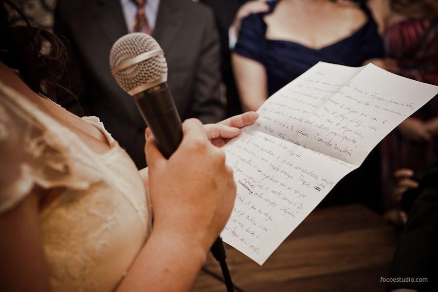 Vai escrever seus próprios votos de casamento? A gente ajuda