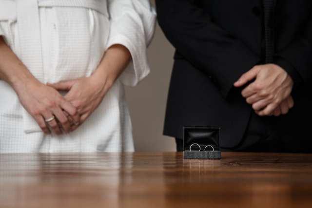 Casamento civil em cartório bonito. Foto: Nadalin Fotografia.