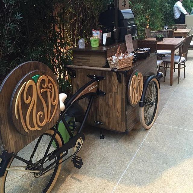 Food bike de café para casamentos da Tasty Coffee. Foto: L'Altare Assessoria.