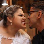 Noiva e noivo dividem um bacon no McDonalds no dia do casamento. Foto: Perfil Studio Fotográfico.