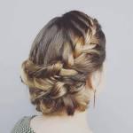 Penteados de noiva com tranças por Camila Irala, da Amour Noivas.