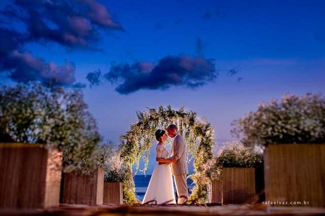 Espaços para casamento na praia em Maresias: Amora Hotel. Foto: Rafael Vaz. Veja mais locais no site Planejando Meu Casamento ( www.planejandomeucasamento.com.br ).
