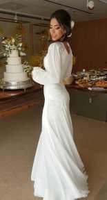 Vestido de noiva do Casamento DJ Alok e Romana Novais feito por Samuel Cirnansck.