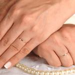 Aliança de casamento fina. Foto: Lojas Rubi.