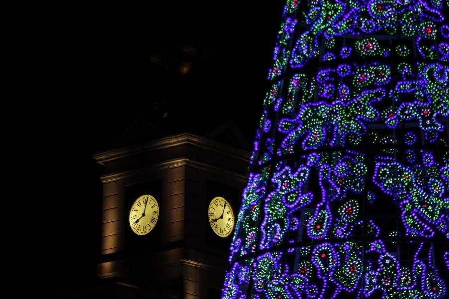 Cmo ver las luces de Navidad en Madrid a pie en coche o