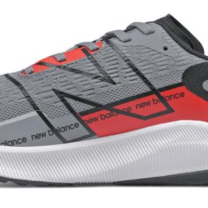 Análisis, review, características y ofertas para comprar la zapatilla de correr New Balance FuelCell Propel v2