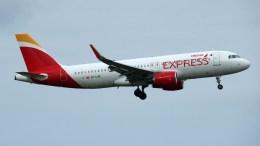 Airbus A320-216 EC-LVQ Iberia Express