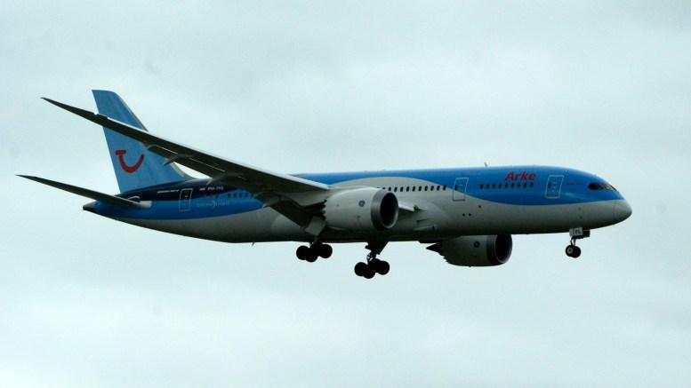 Boeing 787-8 PH-TFL ArkeFly
