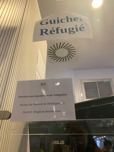Refugee counter at prefecture in France while establishing residency