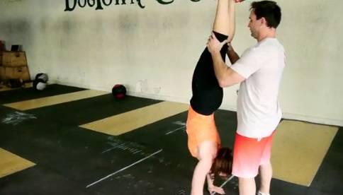 Handstand com parceiro