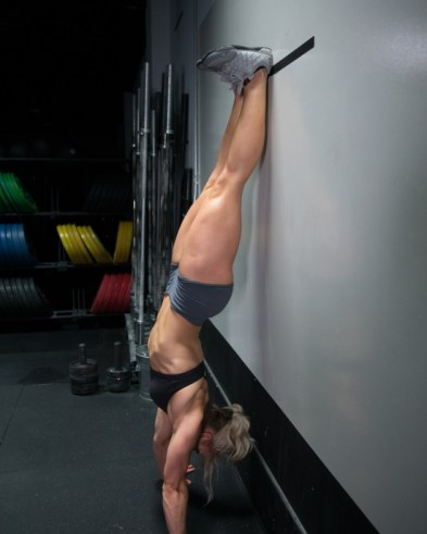 Handstand Push-Up