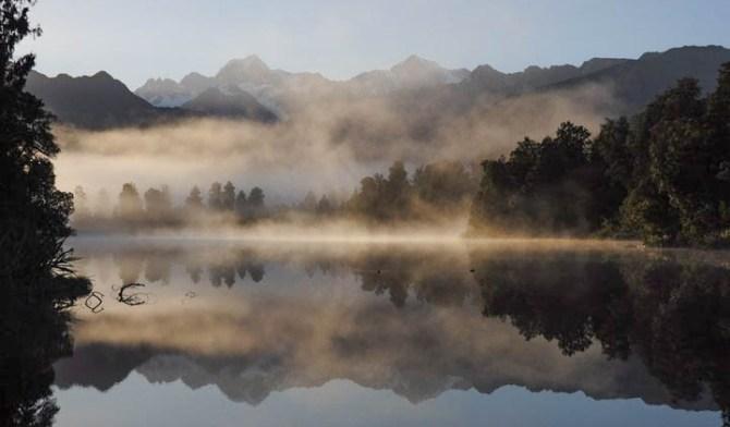 Mirror Lake Nouvelle Zélande