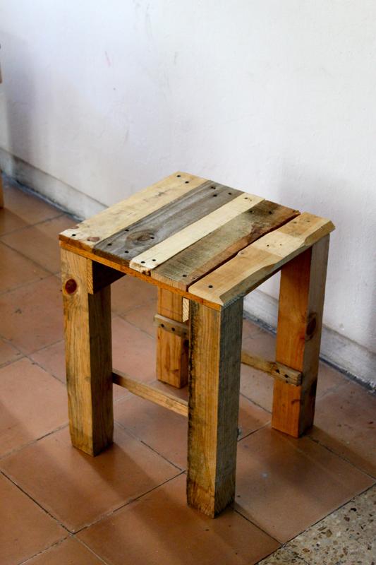 table de cuisine avec banc
