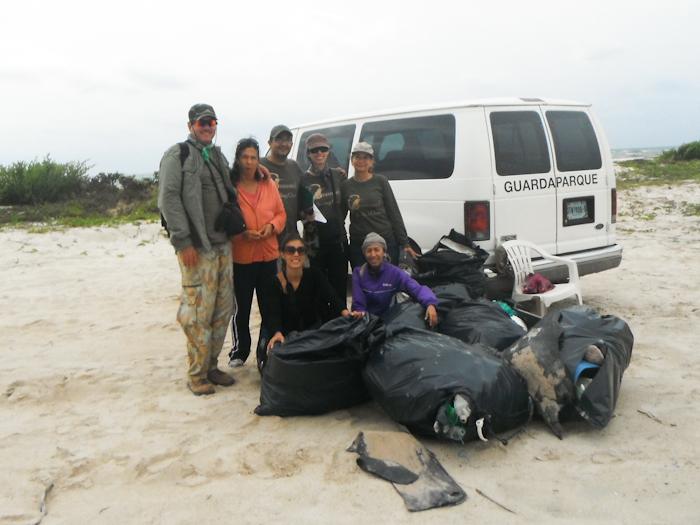 Nettoyage de plage Cozumel 2
