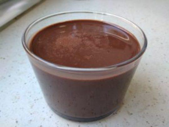 Chocolate a la taza bajo en fodmaps con cacao puro en polvo