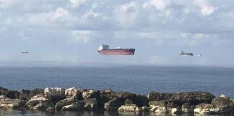 El Lugar Donde Barcos Fantasmas Vuelan por el Horizonte