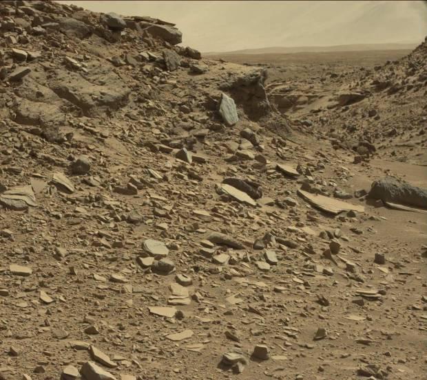 "Context image for ""shield"" rock. Credit: NASA / JPL-Caltech"