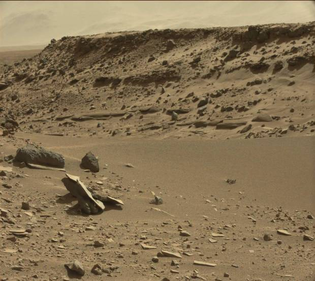 View of Dingo Gap on sol 527. Click for larger version. Credit: NASA / JPL-Caltech