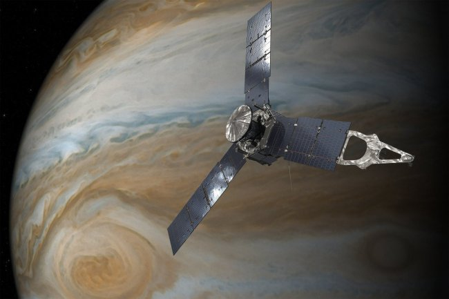 Artist's conception of Juno approaching Jupiter. Image Credit: NASA