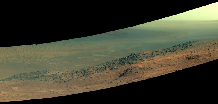 Wharton Ridge, on the southern wall of Marathon Valley. The image is in enhanced color to help make surface details more visible. Image Credit: NASA/JPL-Caltech/Cornell/Arizona State Univ.