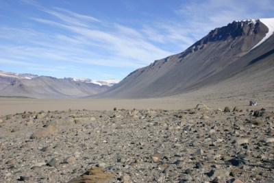 Wright Valley in the McMurdo Dry Valleys of Antarctica; the environment in these valleys is very similar to Mars. Photo Credit: Wikipedia