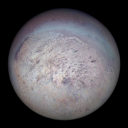 The satellite of Neptune Triton seen by Voyager 2 in 1989. © NASA