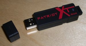 patriot 8 GB USB card