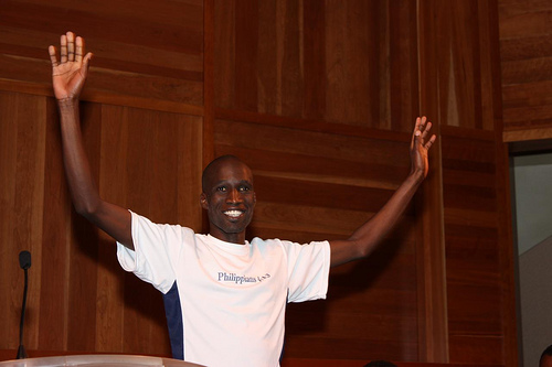wesley-korir-press-conference-2009