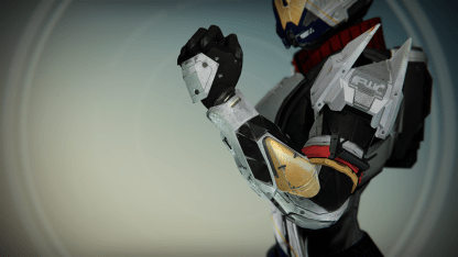 TTK_FWC_Titan_Female_Gauntlets_01