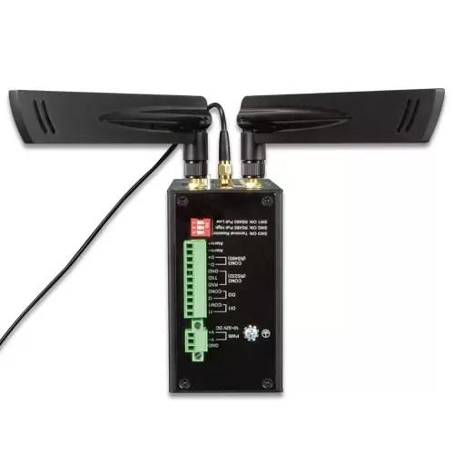 ICG-2420G-LTE LTE Gateway antennas