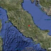 Puissant séisme dans le centre de l'Italie : victimes et destructions