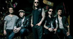 AVENGED SEVENFOLD announced as first headliner for DOWNLOAD 2014