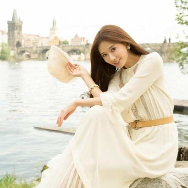 the cover photo of 林志玲 Chiling Lin 推薦書單