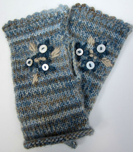 Embroidered wrist warmers/fingerless mitts from Planet Penny Pattern
