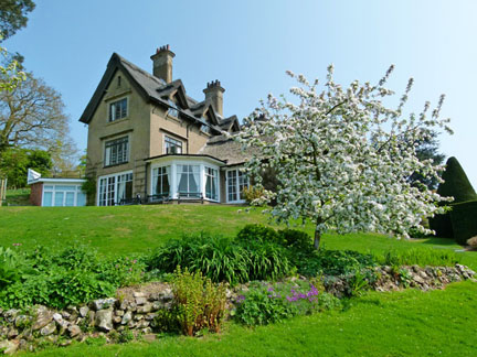how-hill-spring-garden-2