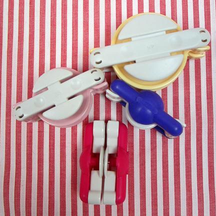 Pompom makers - Advent Calendar Day Ten