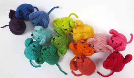 Knitted Rainbow Mouse Pattern in Planet Penny Cotton