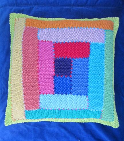 Planet Penny Cotton moss stitch Log Cabin cushion
