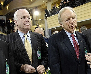 800px-John_McCain_and_Joe_Lieberman_Conference_on_Security_Policy_in_Munich
