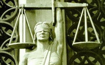 justice-statue