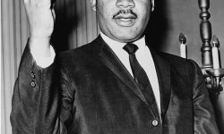 494px-Martin_Luther_King_Jr_NYWTS