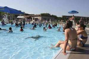 Visitors headed to the new pool to beat the heat on Memorial Day. Photo by Dave Cardaciotto.