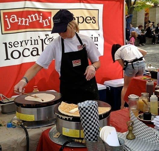 Kim Rizk busy at work preparing crepes at Communiversity.