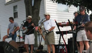 The Daisy Jug Band will perform at Apple Day this weekend.