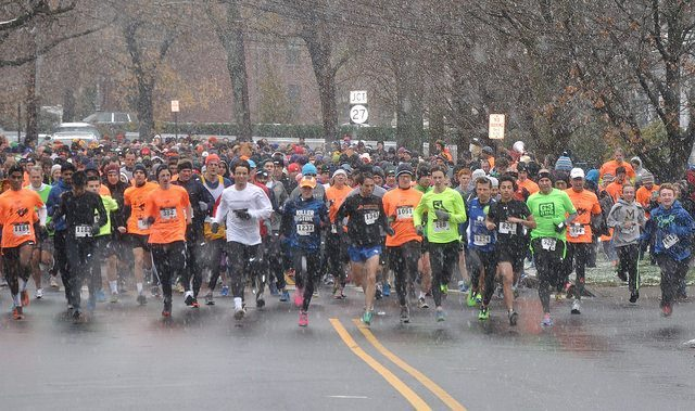 Snow falls during the 7th annual Turkey Trot in Princeton. Photo: James Scott.