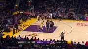 Kyle Kuzma Pushes Lebron To Force Him To Play Defense!
