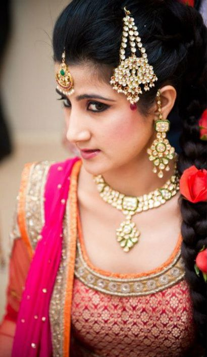 21 Gorgeous Indian Bridal Hairstyles Indian Makeup And Beauty
