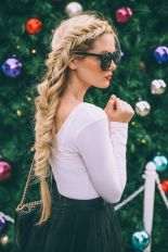 Hairstyles for long hair 19