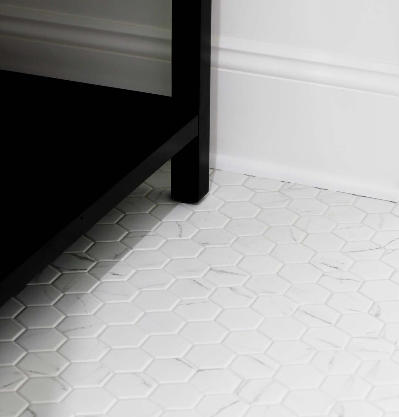 what grout color should you choose for