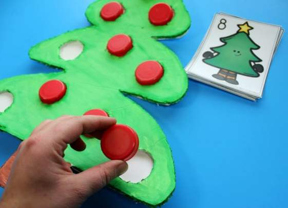 Cute Christmas Counting Activity for kids.